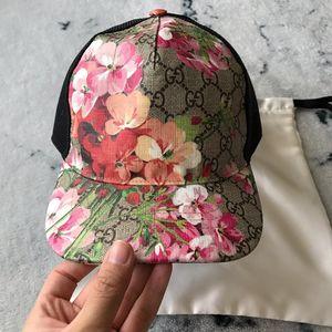 GUCCI 古驰粉色天竺葵棒球帽