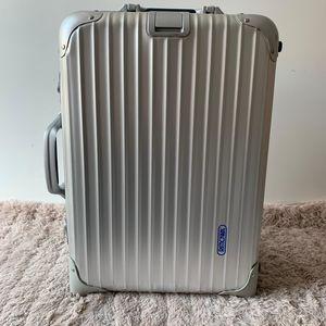 RIMOWA 日默瓦Topas系列行李箱
