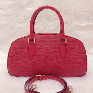 Louis Vuitton 路易·威登水波纹牛皮EPI手提包