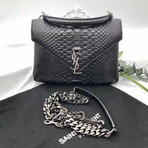 Yves Saint Laurent 伊夫·圣罗兰蛇皮邮手提单肩包