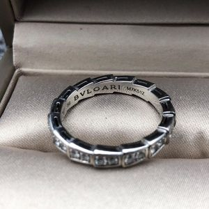 BVLGARI 宝格丽满钻白金蛇骨戒指