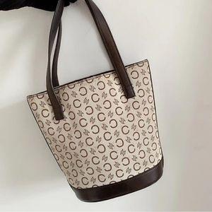 Celine mini桶包手提包