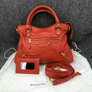 Balenciaga 巴黎世家红色机车包