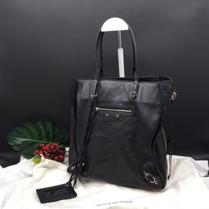 Balenciaga 巴黎世家机车购物袋手提包