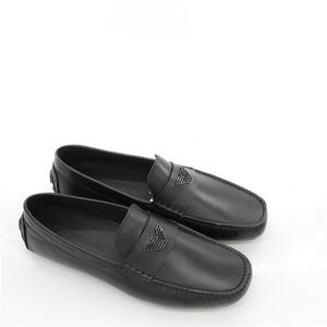 Emporio Armani 阿玛尼鹰标男士真皮休闲鞋