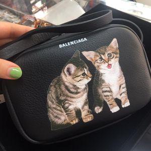 Balenciaga 巴黎世家猫咪相机包