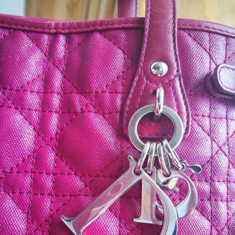 Dior 迪奥经典款手提包
