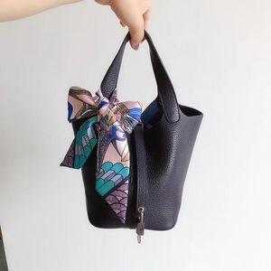 Hermès 爱马仕蓝黑色手提包