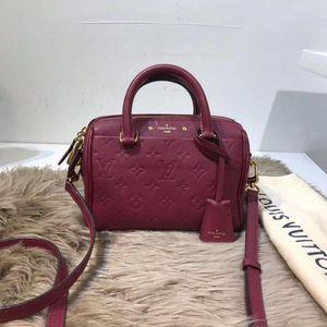 Louis Vuitton 路易·威登全皮压花手提单肩包