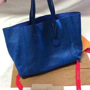 Bottega Veneta 葆蝶家肩背包手提包购物袋