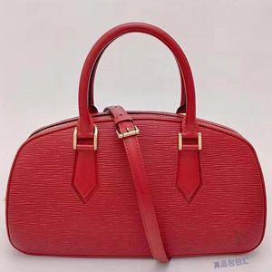 Louis Vuitton 路易·威登红色水波纹手提单肩包