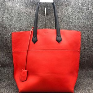 FENDI 芬迪女士红色手提包