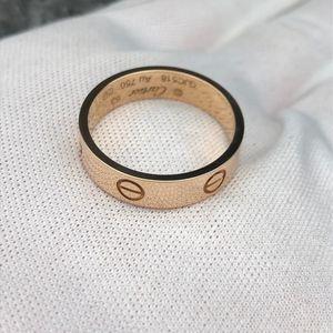 Cartier 卡地亚Love戒指63号宽版戒圈