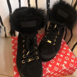Louis Vuitton 路易·威登黑色厚底雪地靴