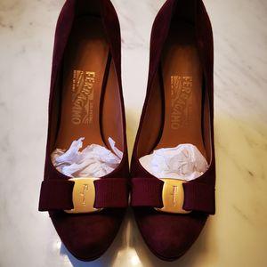 Ferragamo 菲拉格慕坡跟鞋