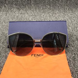 FENDI 芬迪太阳眼镜