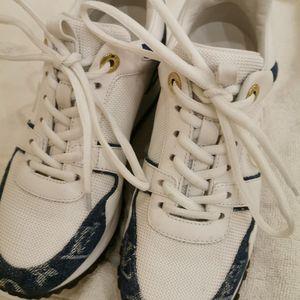 Louis Vuitton 路易·威登内增高女鞋小白鞋