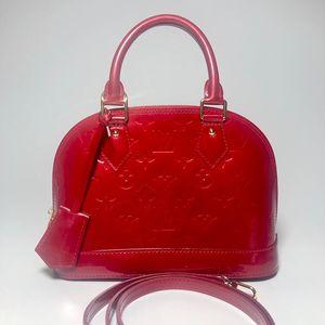 Louis Vuitton 路易·威登红色漆皮贝壳手提包