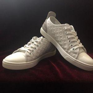 Louis Vuitton 路易·威登女小白鞋