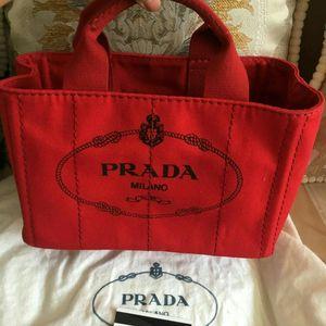 PRADA 普拉达经典手提包