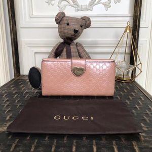 GUCCI 古驰粉色漆皮珠光长款钱包