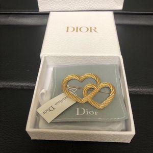 Dior 迪奥爱心款胸针