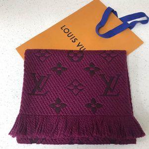 Louis Vuitton 路易·威登紫红色羊毛围巾