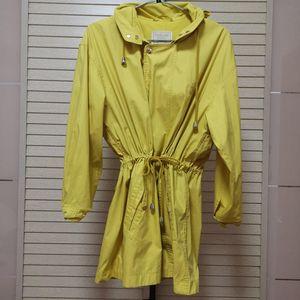 Burberry 博柏利黄色风衣