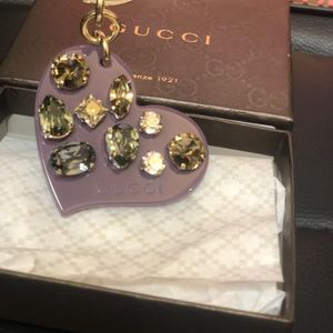 GUCCI 古驰香芋紫色爱心宝石钥匙链扣