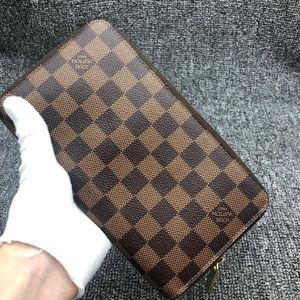 Louis Vuitton 路易·威登棕棋盘男士钱包手拿包