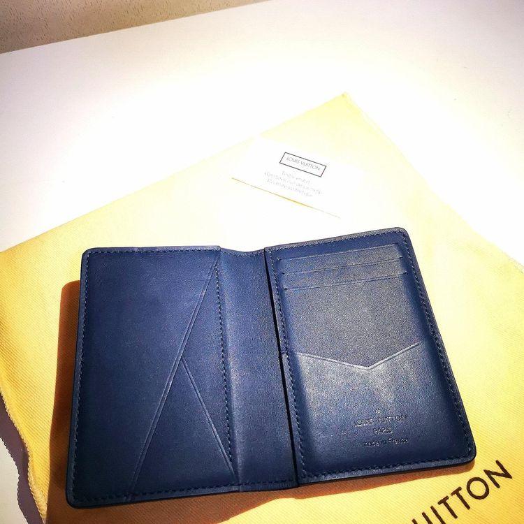 Louis Vuitton 路易·威登经典款卡包