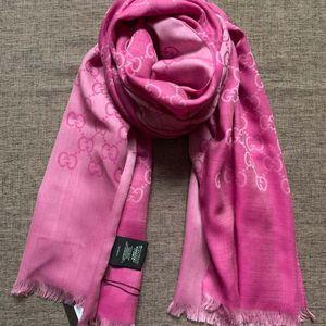 GUCCI 古驰粉色双面长款丝巾围巾