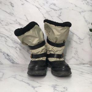 Burberry 博柏利高筒雪地靴