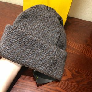 FENDI 芬迪羊毛帽子