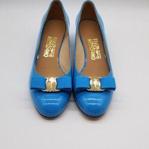 Ferragamo 菲拉格慕女士低跟鞋