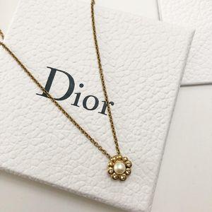 Dior 迪奥太阳花项链