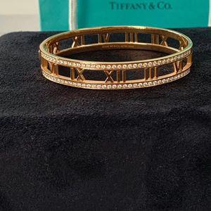 Tiffany & Co. 蒂芙尼18k玫瑰金altas系列罗马数字镶排钻手镯