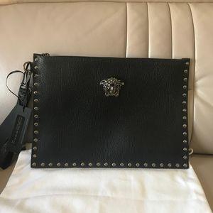 Versace 范思哲铆钉手袋