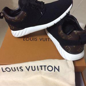 Louis Vuitton 路易·威登男运动鞋
