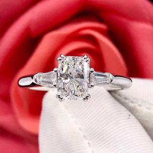 钻石  1克拉G色钻石戒指