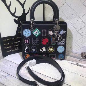 Dior 迪奥戴妃五格黑色徽章限款手提包