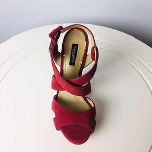 DOLCE&GABBANA 杜嘉班纳玫红色反皮高跟凉鞋