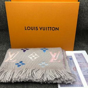 Louis Vuitton 路易·威登羊毛围巾
