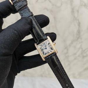 Cartier 卡地亚18K黄金法国坦克女士钻石腕表