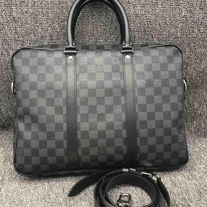 Louis Vuitton 路易·威登灰色棋盘格男士公文包