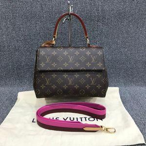 Louis Vuitton 路易·威登Cluny BB经典老花手提单肩包