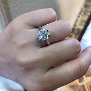 钻石  1.5克拉钻戒