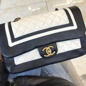 CHANEL 香奈儿黑白拼色熊猫CF链条包