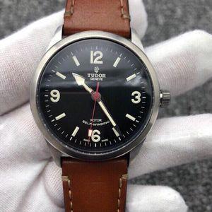 Tudor 帝舵H19小提花男士腕表