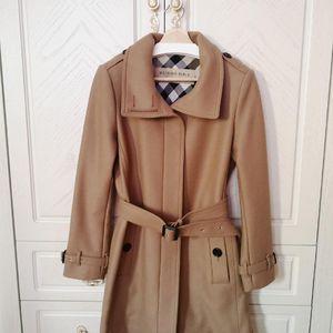 Burberry 博柏利经典驼色立领羊毛大衣